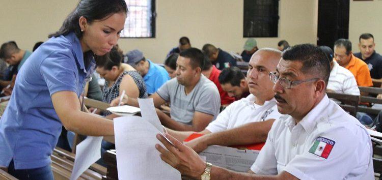 Capacita Comisión Municipal de Derechos Humanos a Seguridad Pública y Tránsito de Bahía
