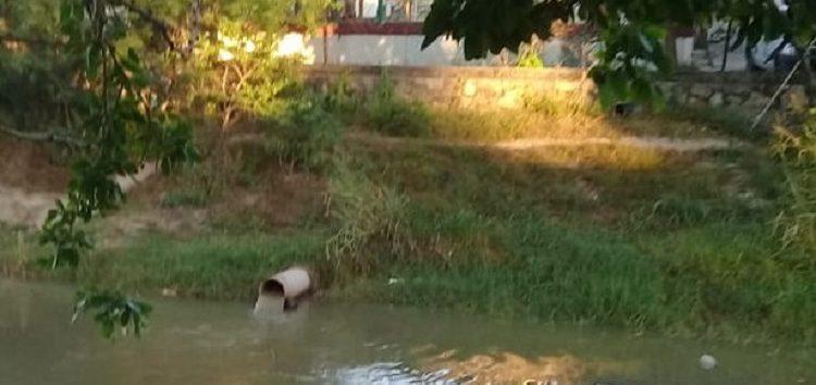 Cárcamo de aguas negras de Bucerías contamina cauce del arroyo del Indio
