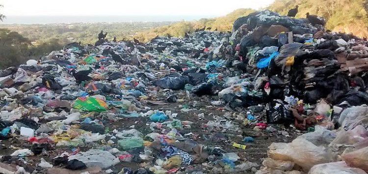 No avanza relleno sanitario de Bahía, sigue basura al aire libre
