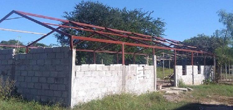Sigue construcción de templo en área de donación en Jardines de San José del Valle