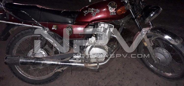 Chocó un motociclista con  taxi en El Porvenir