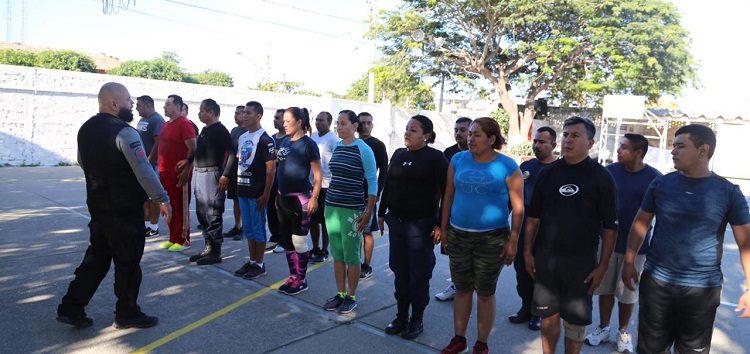 Continúa Capacitación de Policías en Bahía de Banderas